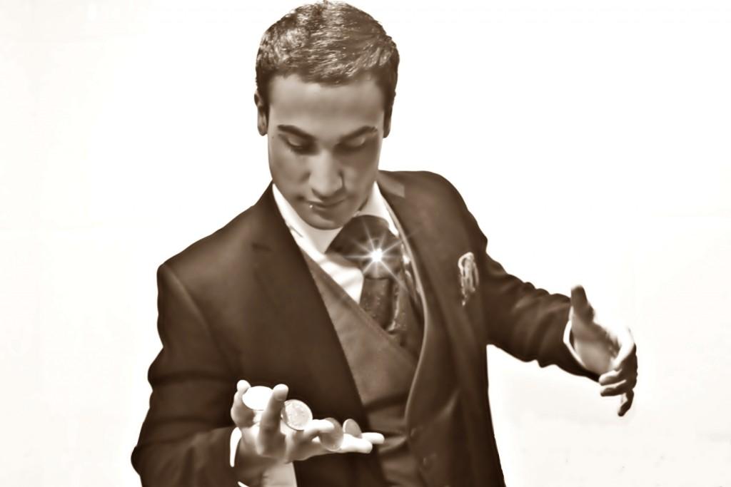 Iván Ojeda ilusionista y mago burgalés