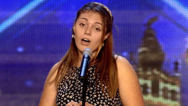 Arianna Moia sorprende con su voz a público y jurado